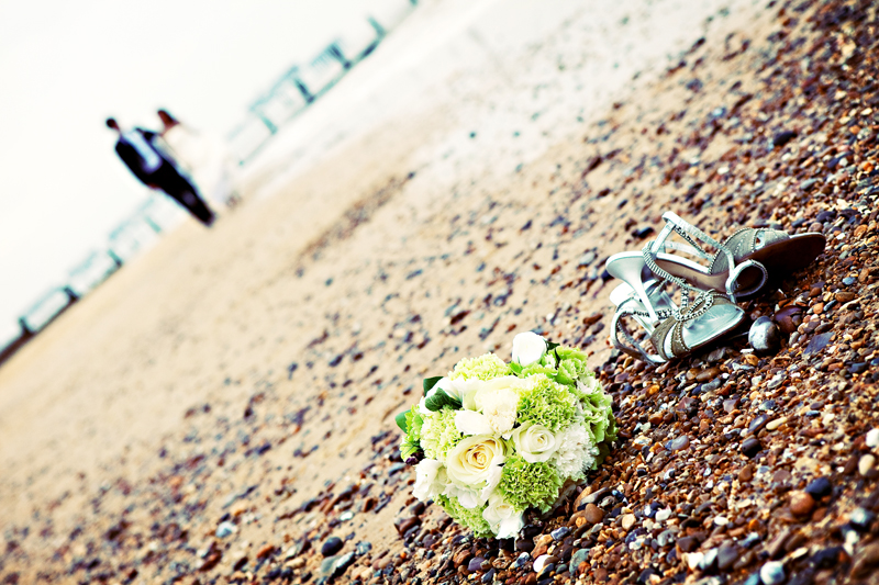 southwold-beach-contemporary-marriage
