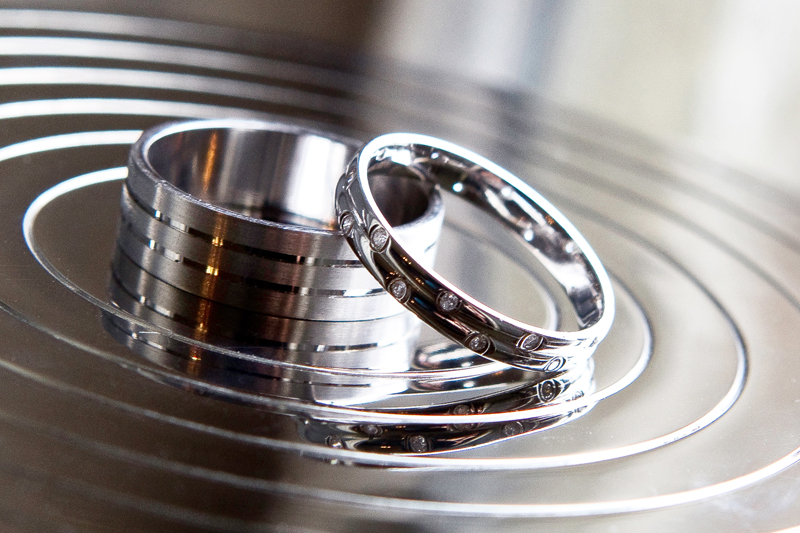 wedding-rings-detail-photography