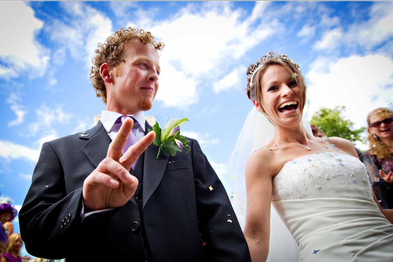 wedding-confetti-pictures-ipswich